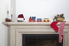 Kerstmistijd - Traditionele open haardscène in Kerstmis stock foto's