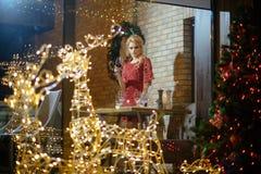 Kerstmistoost, alcohol, toejuichingen stock afbeeldingen