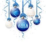 Kerstmisverkoop op blauwe bal Stock Fotografie