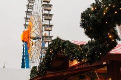 Kerstmiswiel in Alexanderplatz in Berlijn, Duitsland stock foto