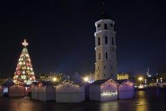 Kerstnacht in oude stad Stock Foto