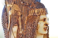Kerze; Ägyptische Zahlen graviert auf ihr stockfoto