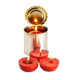 Kerze auf einer Blechdose Lizenzfreies Stockbild