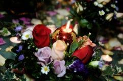 Kerze-Blumenstrauß Lizenzfreie Stockbilder