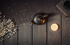 Kerze gefahrene verbreitete ätherische Öle der Aromalampe Lizenzfreie Stockfotografie