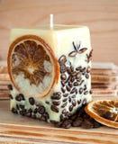 Kerze mit Kaffee Lizenzfreie Stockfotos