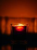 Kerze sieht wie ein alkoholfreies Getränk aus Lizenzfreies Stockfoto