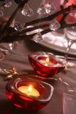 Kerzen auf Weihnachtstabelle Lizenzfreies Stockfoto