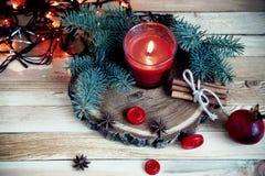 Kerzen der Weihnachtstabelle decoration Stockfoto
