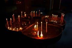 Kerzen im Speicher stockfotografie