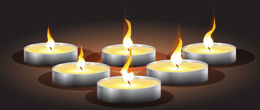 Kerzen mit Lichtern und bokeh, Lizenzfreie Stockfotos