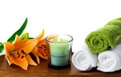 Kerzen und Badekurortzubehör Stockbild