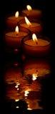 Kerzen und Reflexion Lizenzfreies Stockfoto