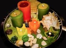 Kerzen und Seashells Stockfotografie