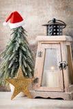 kerzenhalter Weihnachtslaterne Cristmas-Dekoration, Ca grüßend Stockbilder