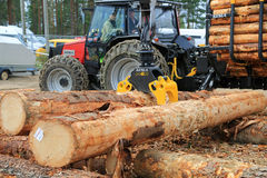 Kesla Timber Grapple ProG 25 at Work Demo Stock Photo