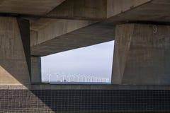 Ketelbrug is 800 meter-snakt Nederlandse bascule brug stock afbeeldingen