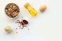 Keto να κάνει δίαιτα κετονογενετικά τρόφιμα στο άσπρο υπόβαθρο με το διάστημα αντιγράφων χαμηλός εξαερωτήρας, υψηλό καλό λίπος Δι στοκ φωτογραφίες με δικαίωμα ελεύθερης χρήσης