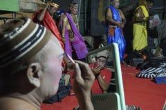 Ketoprak przedstawienia wykonują aktor był ubranym w górę przed fotografia royalty free
