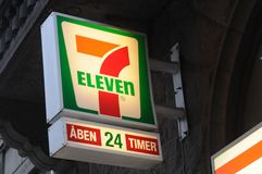 KETTE 7ELEVEN IN DÄNEMARK Stockfotos