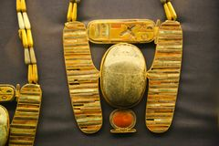 Ketten von Schatz Königs Tutankhamen, ägyptisches Museum lizenzfreies stockbild