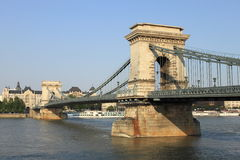 Kettenbrücke in Budapest Stockfotos