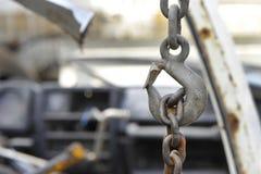 Kettenhaken für den Abbau des Automotors Lizenzfreies Stockfoto