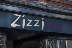 Ketting van het Zizzi de Italiaanse Restaurant Stock Foto's