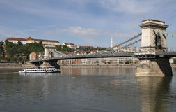 Kettingsbrug (Boedapest) Stock Afbeeldingen