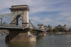 Kettingsbrug in Boedapest Hongarije Stock Foto's