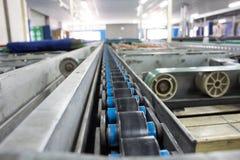 Kettingssteun voor de lijn van de Pallettransportband Stock Fotografie