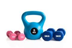 Kettlebell и гантели для тренировки весов Стоковая Фотография RF