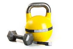 Kettlebell jaune Photographie stock libre de droits