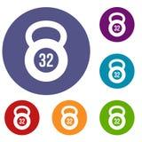 Kettlebell uppsättning för 32 kg-symboler Arkivfoton
