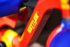 Kettler商标特写镜头在儿童自行车框架的 免版税库存图片