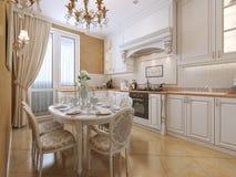 Keuken klassieke stijl stock afbeeldingen