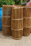 Keukengerei van bamboe wordt gemaakt dat Stock Foto's