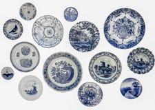 Keukenhof holland 9 mei, 2016 Decoratieve platen van Holland Nederlandse herinneringsplaten op de muur royalty-vrije stock foto