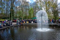 Keukenhoff Nederländerna - April 17: Keukenhoffen Tulip Garden Arkivfoto