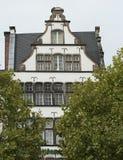 KEULEN, DUITSLAND - SEPTEMBER 11, 2016: Kleurrijke huizen in Beierse stijl in de oude stad van Keulen, Noordrijn-Westfalen Royalty-vrije Stock Afbeeldingen