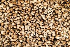 Keurig Gestapeld brandhout royalty-vrije stock afbeelding