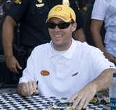 Kevin Harvick signing cars Royalty Free Stock Image