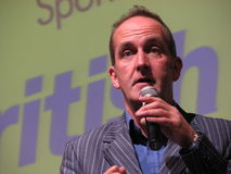 Kevin McCloud - les conceptions grandes vivent Photographie stock
