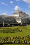 Kew庭院的玻璃房子 库存照片