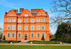 kew的Kew宫殿从事园艺伦敦英国 库存照片