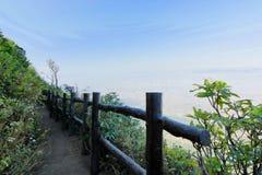 Kew Mae平底锅在土井Inthanon natuonal公园, Chaingmai,泰国的自然痕迹 免版税库存照片
