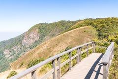 Kew mae panorerar naturslingan på Chiangmai Thailand Arkivbild