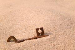key gammal rostig sand arkivfoto