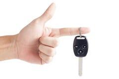 Key remote för bil med handen Royaltyfri Foto