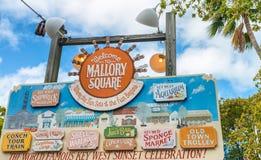 KEY WEST, FL - 21 DE FEBRERO DE 2016: Colores de Mallory Square en un guisante Fotos de archivo